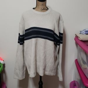 Large tan, navy and grey aeropostale mens sweater